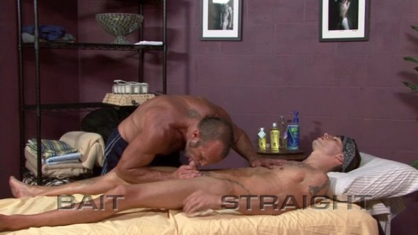 Enter for this stunning male doing sexy gay massage!